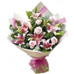 Pink roses & lilies bouquets