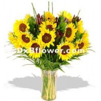 Sunflowers in a Vase - by Dxb Flower