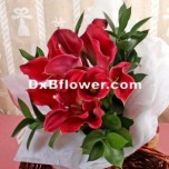 Hand tied orum lilies